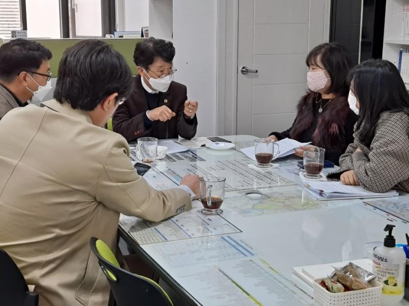 201120 김경근 의원, 남양주어린이집연합회 정담회 실시.jpg
